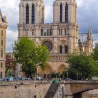 Notre Dame era blanca...